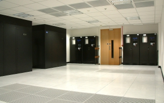 Fit out of an IT hosting environment