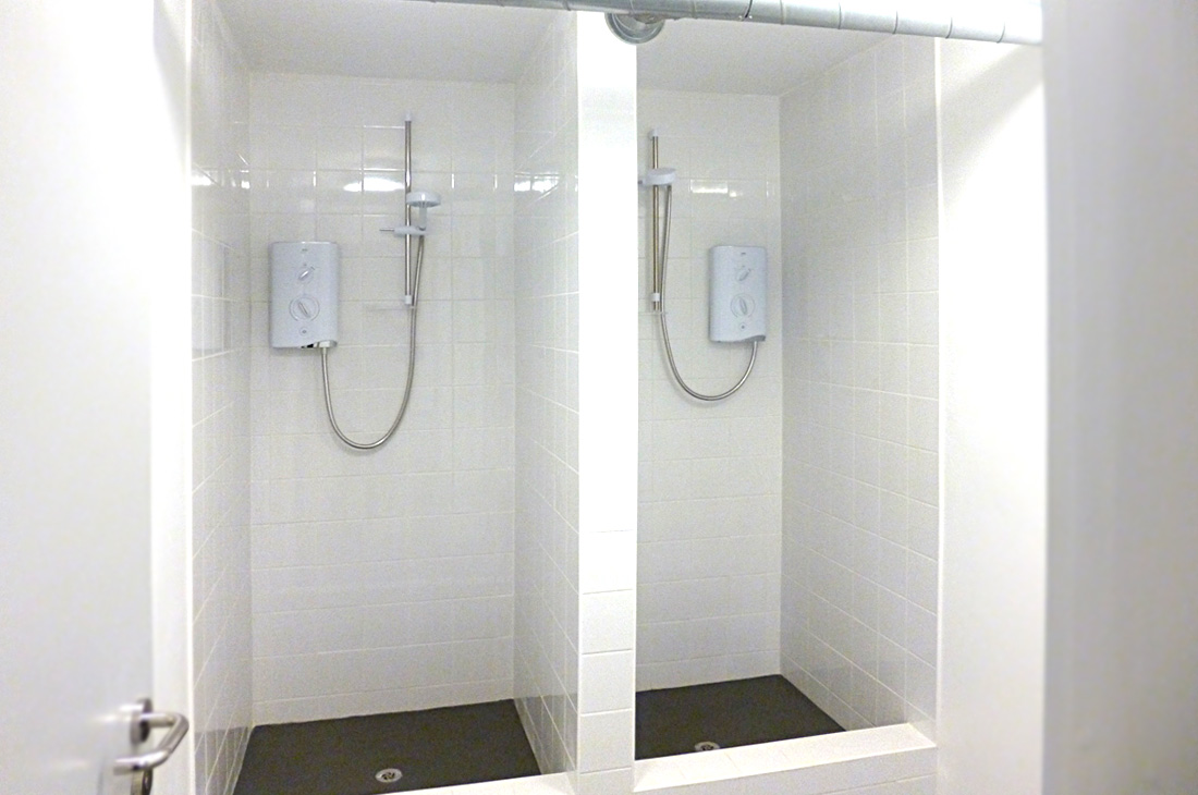 Showers for Siemens Rail
