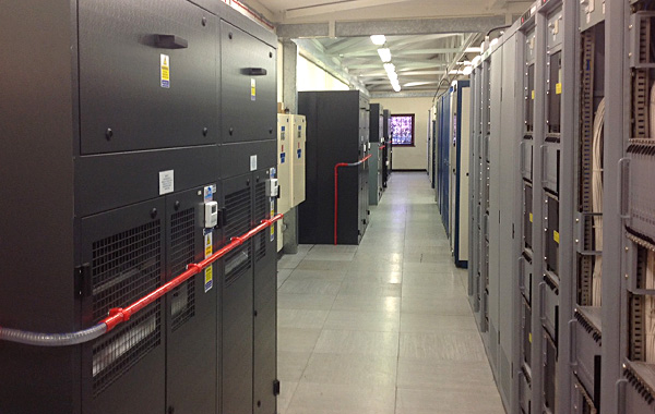 Air conditioning in a data centre